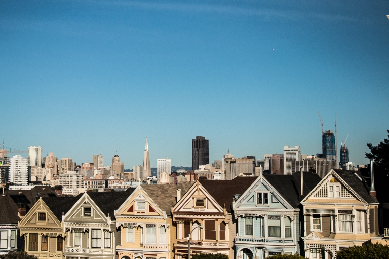 painted-ladies-skyline-building-houses-san-francisco
