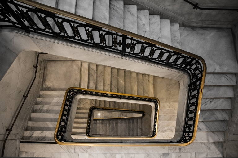 stairs-stairwell-spiral-staircase-city-hall-san-francisco